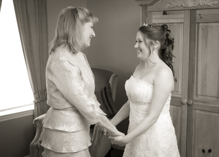 Mom-and-I-on-my-wedding-day